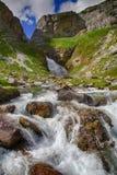 Alpiner Fluss in Nationalpark Ordesa in Aragonien, Spanien Lizenzfreie Stockfotografie