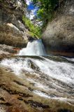 Alpiner Fluss in Nationalpark Ordesa in Aragonien, Spanien Stockfoto