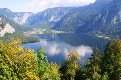 Alpiner See, Österreich stockbild