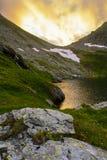 Alpiner See stockfoto