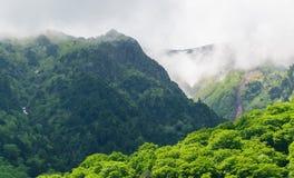 Alpiner Weg Tateyama Kurobe stockfoto