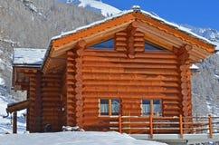 Alpines Chalet Lizenzfreie Stockfotografie