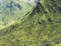 Alpines Gebirgsmassiv, schöne alpine Schlucht in Österreich Alpines Gastein-Tal im Sommer Lizenzfreies Stockfoto