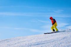 Alpines Skifahren ist der gefährlichste Sport, aber auch das Beste in den Ausdrücken lizenzfreies stockfoto
