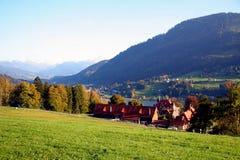 Alpines Tal lizenzfreie stockfotos
