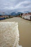 Alpini di degli di Ponte in bassano durante la forte onda di cattivo weathe Fotografie Stock