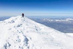 Alpinismo che sale alla cima del supporto Mont Blanc in alpi francesi Fotografia Stock Libera da Diritti