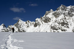Alpinismo dello sci Fotografie Stock Libere da Diritti