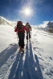 Alpinismo dello sci nella bufera di neve Fotografia Stock Libera da Diritti