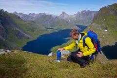 Alpinismo di Lofoten Immagine Stock