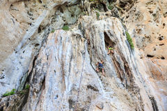 Alpinismo em railay Imagens de Stock Royalty Free