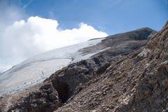 Alpinismo in ghiacciaio di marmolada in dolomia Fotografia Stock Libera da Diritti