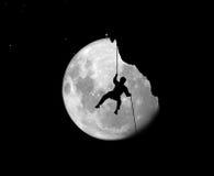 Alpinist bij nacht Stock Afbeeldingen