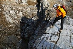Alpinista che arrampica il picco di Eiger Fotografia Stock Libera da Diritti