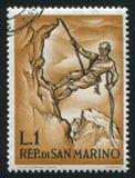 Alpinista che discende San Marino Fotografia Stock Libera da Diritti