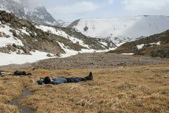 Alpinista di riposo Fotografia Stock Libera da Diritti