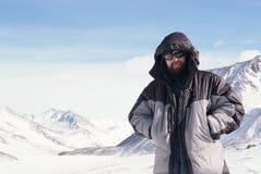 Alpinista in montagna di inverno Fotografia Stock Libera da Diritti