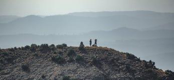 Alpinista sopra i mallos di Riglos Fotografia Stock Libera da Diritti