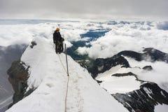 Alpinista sul suo modo scalare Grossglockner Fotografie Stock Libere da Diritti