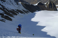 Alpinista in un'ombra Immagine Stock Libera da Diritti