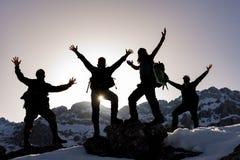 Alpinistes enthousiastes et énergiques Image libre de droits