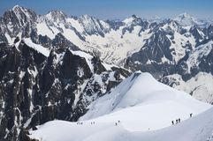 Alpinisti in alpi francesi Immagine Stock