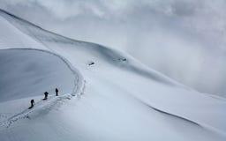 Alpinisti su Mont Blanc du Tacul Immagini Stock Libere da Diritti