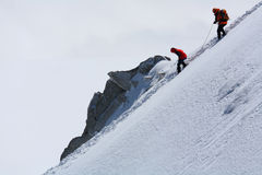 Alpinisti su Mont Blanc du Tacul Fotografie Stock