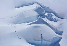 Alpinisti su Mont Blanc du Tacul Immagine Stock Libera da Diritti