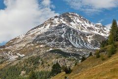 Alpint berglandskap i Österrike Arkivfoto