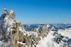 Alpint kapell och panorama II Arkivfoto