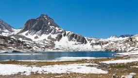 Alpint Lakelandskap arkivfoton