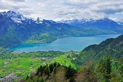 Alpint landskap Arkivfoton