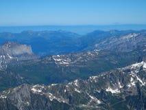 Alpint landskap för bergområde från Aiguille du Midi Royaltyfri Bild