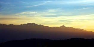 Alpint landskap i nationalparken Retezat Arkivbild