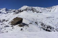 Alpint skidar semesterorten Serfaus Fiss Ladis i Österrike Royaltyfri Bild