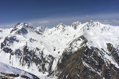Alpint skidar semesterorten Serfaus Fiss Ladis i Österrike Arkivbild