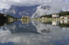 alps dolomitu jeziora misurina