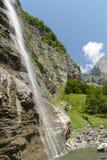 Alps, siklawa w lecie, Francja. Góra zdjęcie royalty free