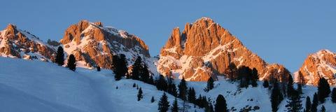 alpsdolomitiitaly panorama Royaltyfri Fotografi
