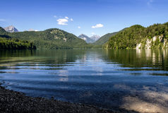 Alpsee sjö i Fussen, Bayern, Tyskland Royaltyfria Foton