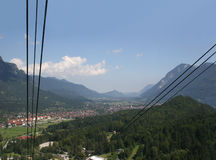 alpspitze加州被看见的加米施-帕藤吉兴 免版税库存照片