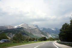 alpsväg till Arkivbild
