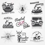 Alquiler, venta y reparación - bicicletas, ciclomotores y vespas Club que monta en bicicleta Elementos detallados Viejo grunge re Fotografía de archivo libre de regalías