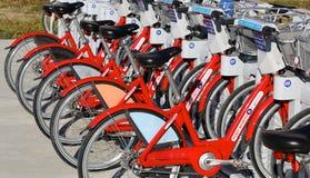 Alquileres públicos de la bici Foto de archivo libre de regalías