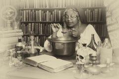 Alquimista del vintage Imagen de archivo libre de regalías
