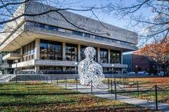Alquimista Sculpture - Cambridge do MIT de Massachusetts Institute of Technology, EUA fotografia de stock