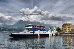 Als Como, Italië, 24 april 2014, de Lentelandschap op Meer Como, Stock Foto's