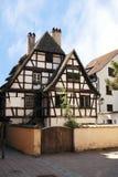 alsace france half hus timrade strasbourg Arkivfoton