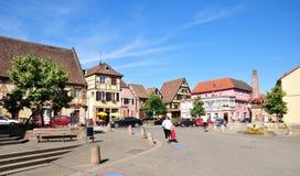 Alsacia, el pueblo pintoresco de Marmoutier Imagenes de archivo